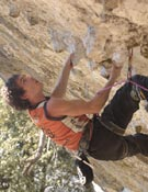 El escalaror vasco Patxi Usobiaga, durante la Iª Edición del Dima Rockmaster.- Foto: Darío Rodríguez/ Desnivelpress