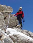 Carlos Soria durante el ascenso a la cumbre del Dome Kang.- Foto: arasdelcielo.com