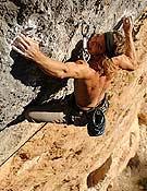 Chris en el tramo de roca gris final, la clave de La Rambla... <br>Foto: Evrard Wendenbaum
