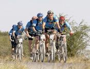 La sección de bici fue la gran protagonista de este NLOC 2006.- Foto: Jordi Canyameres