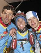 Tres de los componentes del equipo Buff Coolmax, Benjamín Midena, Danelle Ballengee y Jukka Pinola.- Foto: Jordi Canyameres