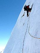 1.150 mantenidos metros de grado 5 en hielo marcaron la apertura de Benoist y Gottardi. - Foto: Stephane Benoist