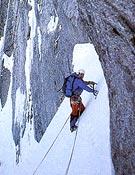 Tentativa invernal a la cara noreste del Piz Badile. - Foto: G. Miotti/Alp