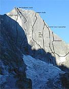 Cara noreste del Piz Badile, 3.808 m, en Suiza, unas de las Seis caras norte de Rebuffat. <br>Foto: mountain.ru
