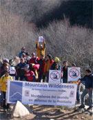 Un grupo de pedriceros durante la concentración.- Foto: Mountain Wilderness