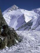 Vista del Gasherbrum II, objetivo de Segovia 8000.- Foto: Desnivelpress