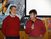 El incansable Carlos Soria y Alfredo Pérez durante la presentación de su viejo corto.- Foto: Jorge Jiménez