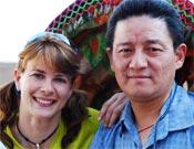 Araceli Segarra y su viejo amigo Jamling Norgay.- Foto: Col. Araceli Segarra