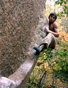 Daniel Woods, de 18 años, celebra la mayoría de edad en las rocas de medio mundo.- Foto: Col. Daniel Woods.