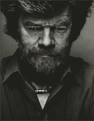 Reinhold Messner, el primer hombre en pisar la cima de todos los 14.- Foto: desnivelpress.com
