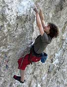 Adam Ondra sobre Martin Krpan (9a), en Misja Pec (Eslovenia).- Foto: czechclimbing.com