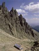 Refugio Victory y paisaje de Galayos.- Foto: desnivelpress.com
