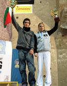Patxi Usobiaga y Maja Vidmar levantando la Copa del Mundo.- Foto: Irati Anda