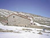 El Refugio Poqueira, en el Parque Nacional de Sierra Nevada.- Foto: Dioni Serrano