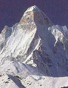 Vista del Shivling (6.554 m), que Tosas descendió en snow desde su cima.- Foto: El Escalador del Himalaya, de D. Scott