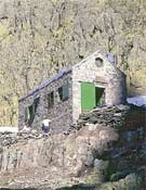 Refugio Victory, al pie de las paredes de Galayos.- Foto: desnivelpress.com
