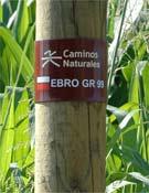 Mojón del nuevo Camino del Ebro.