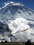 Vista de la cumbre del Dhaula, en unas condiciones climáticas muy adversas.- Foto: ivanvallejo.com