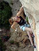 Charlotte Durif durante el Petzl Roc Trip de 2006 de Millau, Francia.- Foto: Israel Macía