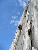 La Routa de l´Hermano, dificultades de A3 y 6b+ durante 950 metros.- Foto: Herve Barmasse