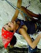 La jovencísima Charlotte Durif, estilo y potencia sobre la roca.- Foto: Col. Charlotte Durif