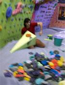 Dani Andrada durante la reforma de la sala Disblia, ahora Blue Arrow, de Lérida.- Foto: daniandrada.blogspot.com