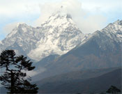 Vista del Everest.- Foto: Col. César Pérez de Tudela