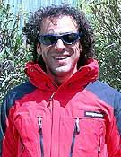 Carlos Pauner, Dhaulagiri al morral.<br>Foto: trangoworld.com