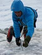 Silvestre Barrientos en Valeria (IV, 4+, 400 m), en el Petit Capucin.- Foto: EJA de la FEDME