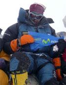 Edurne Pasabán, en el centro, en la cima del Dhaulagiri.- Foto: Al Filo de lo Imposible
