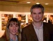 Luis Aurelio González y Loli Palomares durante la presentación de su obra anterior La Maginot Cantábrica.- Foto: desnivelpress.com