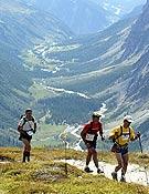 El trail del Mont Blanc se ha convertido en una de las referencias mundiales de las maratones por naturaleza.- Foto: ultratrailmb.com