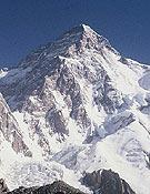 Vista de las vertientes sur y oeste (en sombra) del K2.- Foto: Exp. K2 Magic Line