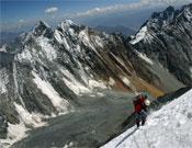 Vista de Neyzah Peak desde la arista del Rakaposhi.- Foto: himalalts.net