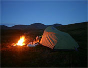 Acampada en los Urales Polares en una fría noche en la tundra.- Foto: Juan Menéndez
