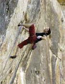Pablo Barbero en acción en Cuenca, donde la semana pasada se llevaba una de las líneas más duras de la escuela, Leire, propuesta de 9a.- Foto: desnivelpress.com
