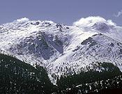 Vista invernal de Cabezas de Hierro.- Foto: desnivelpress.com