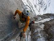 Steck en la Eigernorwand.- Foto: Col. Ueli Steck