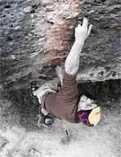 Iker Pou, de bidedo a bidedo, en Llamps y Tromps, 8c+/9a de Margalef.- Foto: María Torres