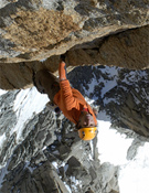 Alex Huber, un pájaro en los Alpes.- Foto: Heinz Zak