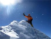 Denis Urubko en la cima del Makalu.- Foto: Cortesía de Simone Moro