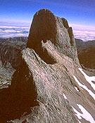 Cara suroeste del Picu Urriellu (Naranjo de Bulnes).- Foto: desnivelpress.com