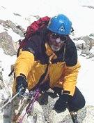 Carlos Soria durante el segundo intento de ascender al Dome Kang. Foto: arasdelcielo.com