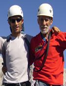Nacho y Eloy en Llambrión desde Torre Peñalba