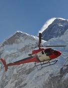 El helicóptero B3 que intenta el rescate. Foto: Fishtail Air