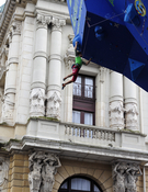 Escaladora en la ciudad Bilbaína.Foto:Darío Rodriguez.