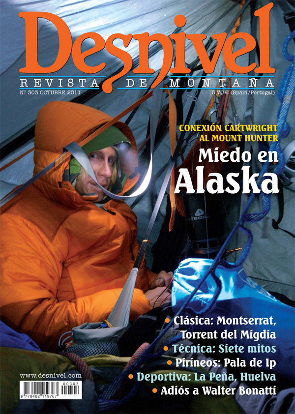 Portada de la revista Desnivel nº303 (octubre 2011) en ALTA