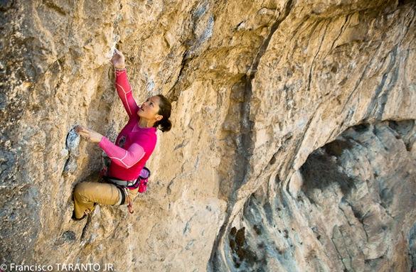 Caroline Ciavaldini escala en Tres Ponts