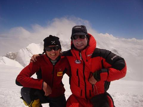 Romano Benet y Nives Meroi en el Kangchenjunga en 2009