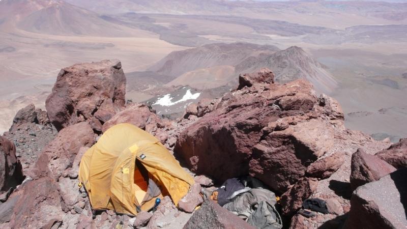 Campamento de Maximo Kausch en el Socompa (6.050 m)